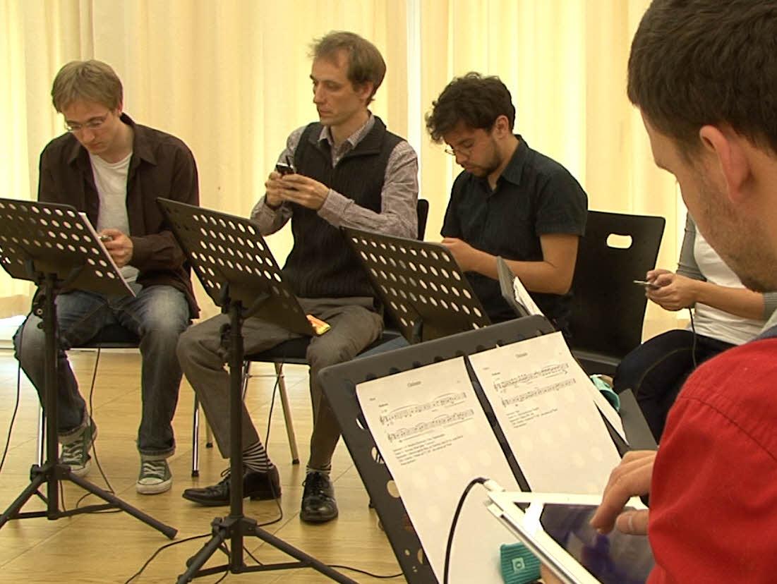 DigiEnsemble Berlin - Ostinato für 8 iPods | Foto Videoaufnahme iPhone, iPad