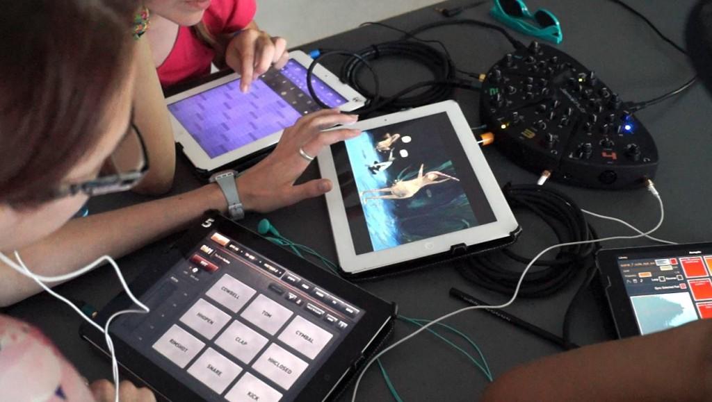 Beim Appmusik-Workshop der Bregenzer crossculture night komponieren Jugendliche ihre eigenen Opernmusiken.